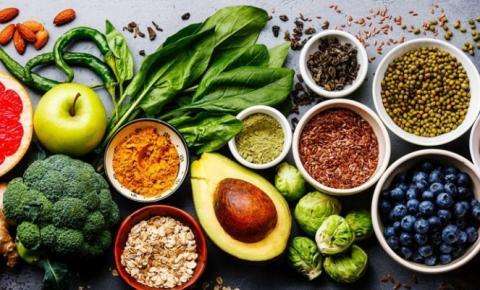 Pesquisa mostra que 90% dos brasileiros têm interesse em alimentos vegetais. Consumir produtos saudáveis é principal fator de atração