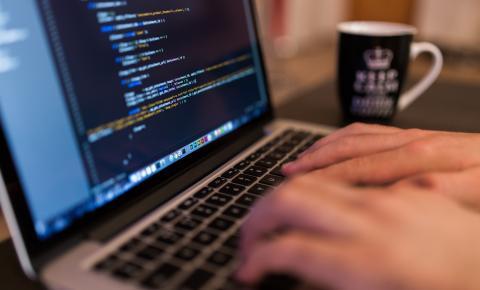 Binario Cloud promove mesa-redonda sobre o perfil do profissional de TI do futuro