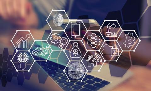 """Brasil acompanha as tendências de transformação digital, especialmente no quesito """"tecnologia"""", """"liderança e cultura corporativa"""" e """"estratégia corporativa"""""""